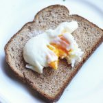 This Microwave Poached Egg Is the Ultimate Protein Hack   Recipe   Poached  eggs, How to cook eggs, Food to make