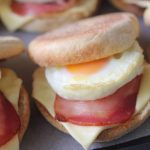 Bacon and egg muffins - Kidspot