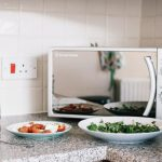 How To Choose The Best Microwave Oven For Office Use? -