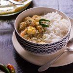 Microwave Bhapa Chingri Recipe   Steamed Prawn Curry - SpeakingAloud  Magazine