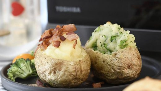 Loaded Baked Potatoes with Mozzarella, Broccoli and Bacon – Hidden Foods