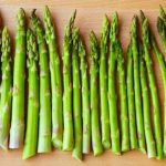 5 Simple Way to Cook Asparagus in the Microwave - Where and What In the  World