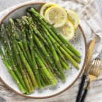 How to microwave asparagus! (Ready in 5 minutes!) - Urban Farmie