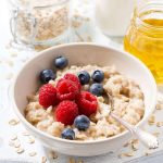 Microwave Oatmeal   How to Cook Rolled Oats in 2 Minutes