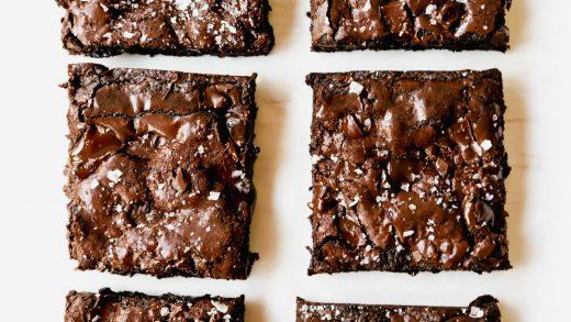 One Bowl Fudgy Brownies – Modern Honey