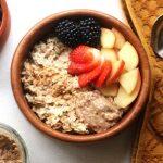 Easy Weekday Apple Porridge (Oatmeal) - 10 mins - Vegan - Let's Eat Now