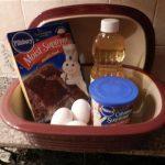 14 Minute Chocolate Lava Cake | Pampered chef stoneware, Pampered chef deep  covered baker, Pampered chef desserts