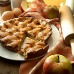 Secrets to making the best apple pie – SheKnows