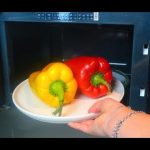 How to cook peppers in the microwave - YouTube