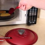 Toasting Frozen Waffles in the Microwave with Reheatza® - YouTube