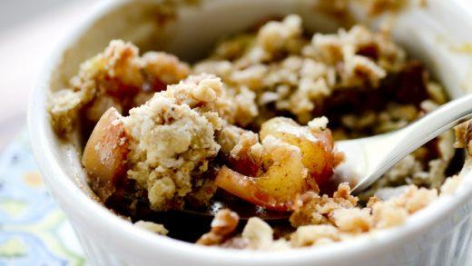 Individual Microwave Apple Crisp - Recipe Diaries