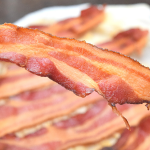 How to Cook Crispy Bacon in the Microwave   Just Microwave It