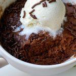 Easy 3-Ingredient Nutella Mug Cake Recipe (Microwaves in 1 Minute!)