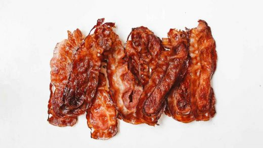 Kitchen Tip: Cooking BACON! – Impress NOT Stress