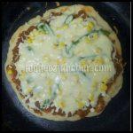 Homemade Cheesy Pan Pizza Recipe – Foodeez Junction