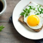 Make Sunny-Side Up or Poached Eggs in the Microwave