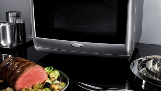 Whirlpool Jetchef microwave combi is the ultimate cooking appliance |