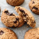 Vegan chocolate chip cookies | Super easy and quick - Recipes and Places