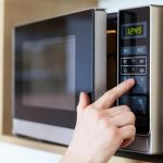 10 Best Microwaves In Canada 2021 - Review & Guide