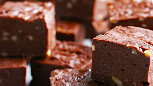 Amazingly Easy Fudge Recipe | This Mama Cooks! On a Diet