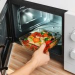 Mistakes To Avoid While Using Your Microwave Oven   Onsitego Blog