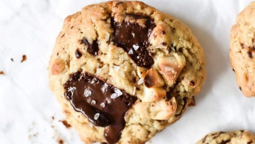 White chocolate chip cookie   1-Minute Eggless Microwave Cookies    Traditionally Modern Food