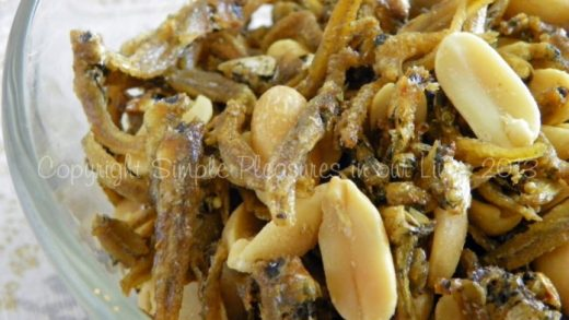 Stir-Fried Green Beans with Crispy Anchovies – Simple Pleasures in our Lives