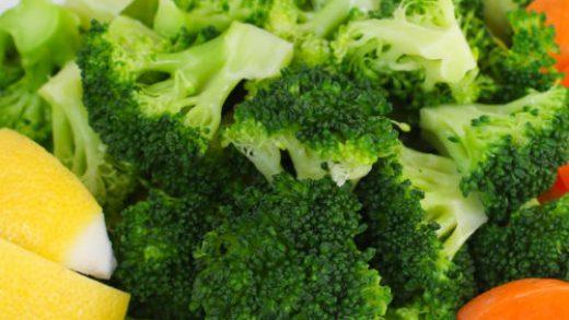 Vegan Cheddar & Broccoli Rice Casserole | The Vegan Atlas