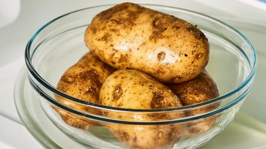 10-minute microwave baked potatoes - Family Food on the Table