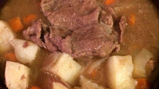 beef stew in Tupperware pressure cooker, only 30 minutes in the microwave  :… | Pressure cooker recipes, Pressure cooker recipies, Tupperware pressure  cooker recipes