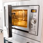 How to Adjust a Microwave's Cooking Power