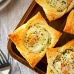 Spinach and Artichoke Puff Pastry Cups - Old House to New Home