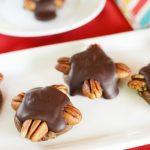 Easy Chocolate Caramel Pecan Turtles - My Recipe Treasures