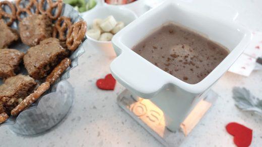 Valentine's Day Recipe: Kinder Chocolate Fondue - dirndl kitchen