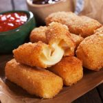 How To Reheat Mozzarella Sticks – The 3 Best Ways