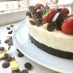 Apple cinnamon cheesecake; no bake cake - PassionSpoon