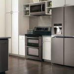 The Difference Between Microwaves and Conventional Ovens - Appliance City