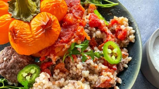 Simple Stuffed Peppers with Ground Beef, Rice and Tomatoes