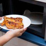 Use This Trick To Stop Chicken Drying Out In the Microwave