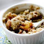 Easy Microwave Apple Crisp in a Mug | YellowBlissRoad.com