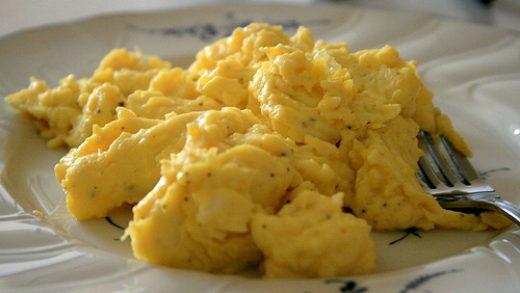 Easy Scrambled Eggs in a Mug   Just Microwave It