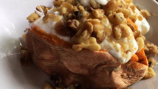 Baked Sweet Potato Wedges with Tzatziki Sauce (Video) - Munchkin Time