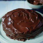 No Bake Dark Chocolate Mousse Cake with Chocolate Ganache 黑朱古力慕絲凍餅配朱古力醬– EC  Bakes 小意思