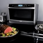 Whirlpool Jetchef microwave combi is the ultimate cooking appliance  